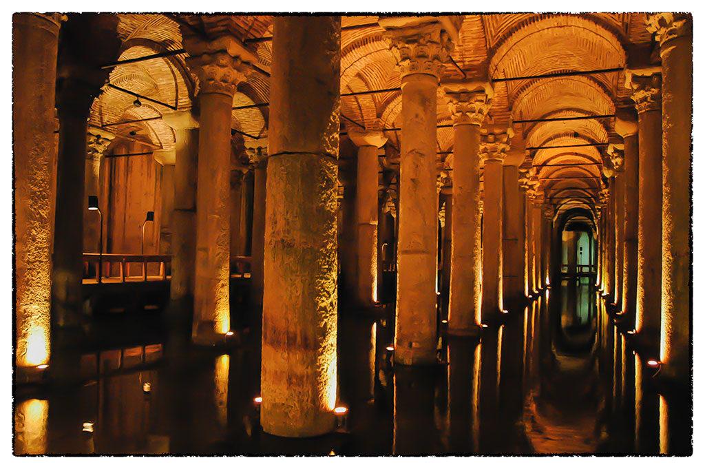 Isztambul egykori vízgyűjtő ciszternája ma turistalátványosság