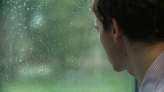 Didergető kaland az esővel