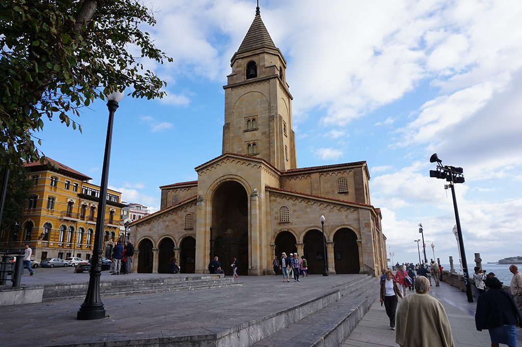 Gijón - San Pedro templom